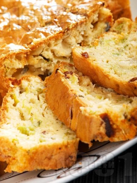 Солен кекс със синьо сирене - снимка на рецептата